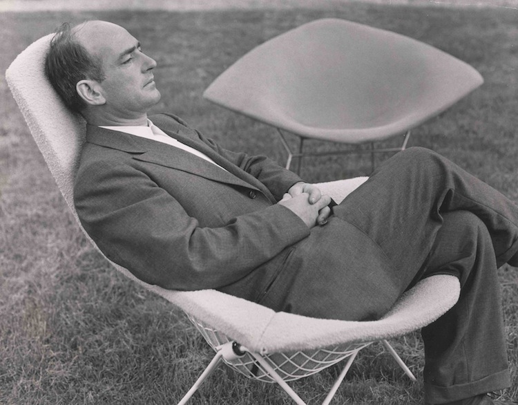 Harry Bertoia, Bertoia chair, Bertoia diamond chair, Knoll International, mid century furniture, mid century chair
