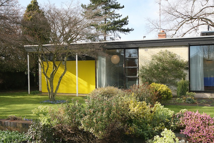 mid century bungalow, modernist architecture, 22 Avenue Road, Leicester, The Modern House
