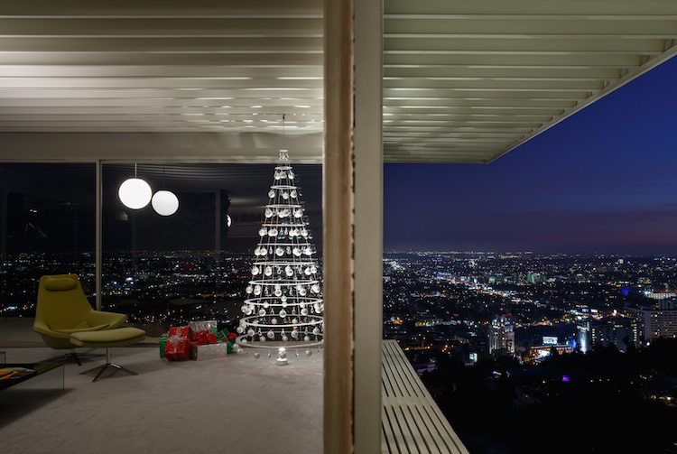 mid-century, modern, Christmas, modern Christmas tree, mid-century christmas tree, Stahl house, architecture, Case Study Program,